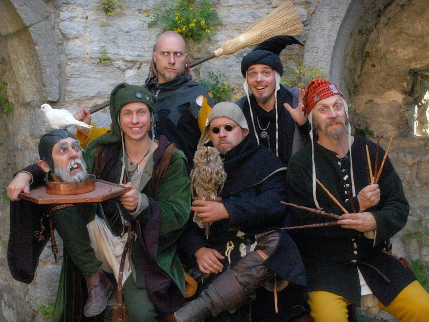 Hela gänget från Magikergränd 2013